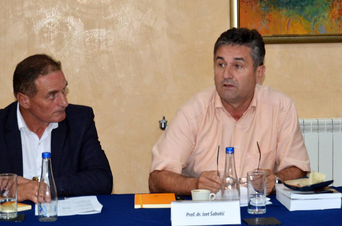2017-08-19 Okrugli sto (14)