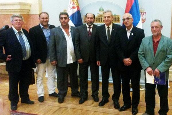 Esad Dz sa clanovima Evropskog parlamenta 3