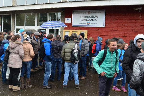 Ucenici Gimnayije u bojkotu 4