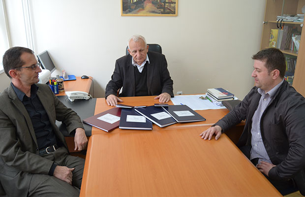 Dnevnik i knjizice na bosanskome 2