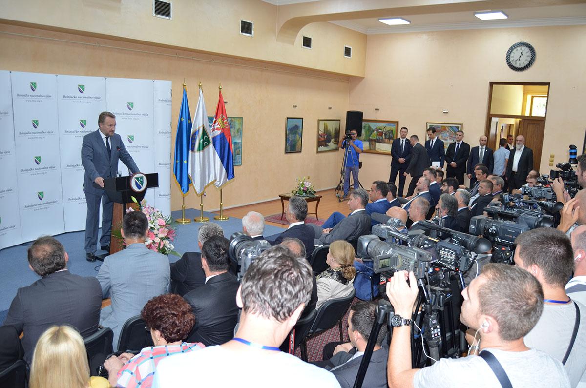 2016-07-29 Svecana sjednica Vijeca - Posjeta Bakira Izetbegovica (8)